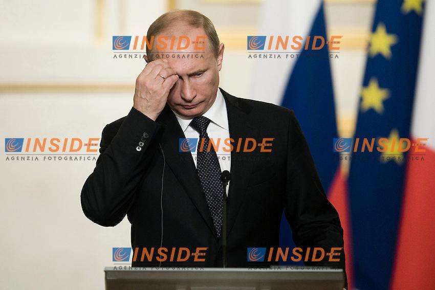 Vladimir Putin.Parigi 01/06/2012 Conferenza stampa del Presidente francese e del Presidente russo, dopo la cena di lavoro  all'Eliseo..Foto Insidefoto /JB Autissier / Panoramic.ITALY ONLY.