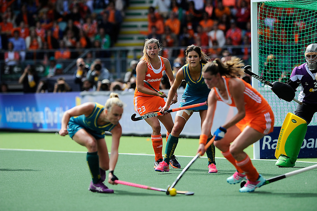The Hague, Netherlands, June 14: Kim Lammers #23 of The Netherlands and Anna Flanagan #9 of Australia look on during the field hockey gold medal match (Women) between Australia and The Netherlands on June 14, 2014 during the World Cup 2014 at Kyocera Stadium in The Hague, Netherlands. Final score 2-0 (2-0)  (Photo by Dirk Markgraf / www.265-images.com) *** Local caption ***