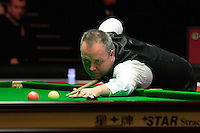 John Higgins pots a pink ball during the Dafabet Masters Q/F 4 match between John Higgins and Stuart Bingham at Alexandra Palace, London, England on 15 January 2016. Photo by Liam Smith / PRiME Media Images