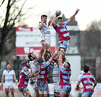 Rob Louw of Rotherham Titans wins the ball at a lineout. Greene King IPA Championship match, between Rotherham Titans and Bedford Blues on January 17, 2018 at Clifton Lane in Rotherham, England. Photo by: Patrick Khachfe / Onside Images