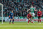 13.04.2019, Weserstadion, Bremen, GER, 1.FBL, Werder Bremen vs SC Freiburg<br /> <br /> DFL REGULATIONS PROHIBIT ANY USE OF PHOTOGRAPHS AS IMAGE SEQUENCES AND/OR QUASI-VIDEO.<br /> <br /> im Bild / picture shows<br /> Tor 1:0, Davy Klaassen (Werder Bremen #30) mit Kopfball zum 1:0 gegen Alexander Schwolow (SC Freiburg #01), Nico Schlotterbeck (SC Freiburg #49) wird von Klaassen angek&ouml;pft, <br /> <br /> Foto &copy; nordphoto / Ewert