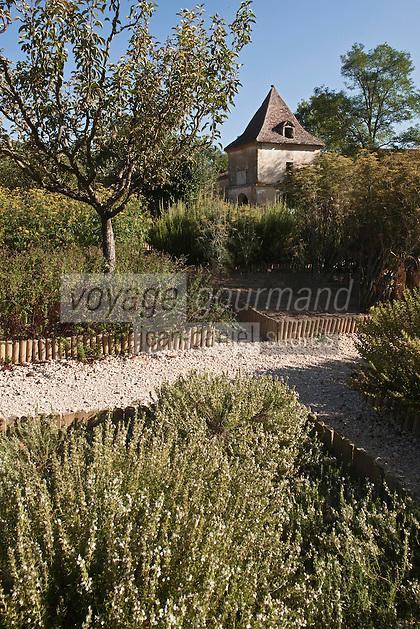 Europe/France/Midi-Pyrénées/32/Gers/Valence-sur-Baïse: Abbaye de Flaran -  Jardin des plantes aromatiques et médecinales connu aussi sous le nom de Jardin des Simples
