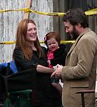 Julianne Moore w Family 05/06/2003