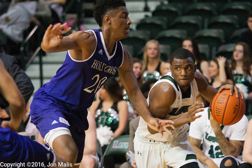 Men's Basketball: Loyola vs Holy Cross