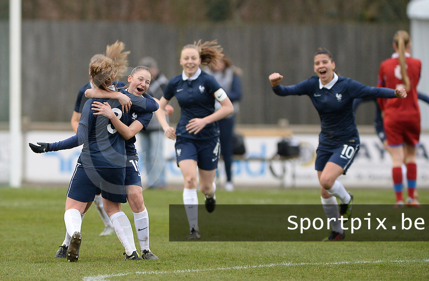 20160319 - FLERS , FRANCE : French players celebrating their 1-0 goal during the soccer match between the women under 17 teams of  France and the Czech Republic , on the first matchday in group 3 of the UEFA Women Under17 Elite rounds at Stade du Haze in Flers , France . Saturday 19th March 2016 . PHOTO DAVID CATRY
