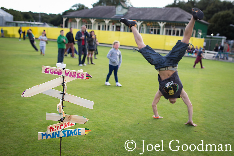 © Joel Goodman - 07973 332324 . 14 September 2013 . Ramsbottom Cricket Club , Ramsbottom , UK . The Ramsbottom Festival . Photo credit : Joel Goodman