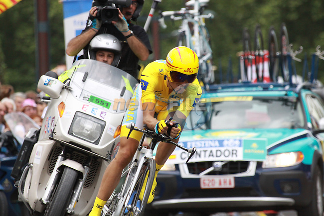 Alberto Contador during the last time trial stage of the 2009 Tour de France at Annecy, 23rd July 2009 (Photo by Manus OReilly/NEWSFILE)