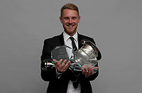 Jamie Porter struggles to hold all of his awards during the Essex CCC 2017 Awards Evening at The Cloudfm County Ground on 5th October 2017
