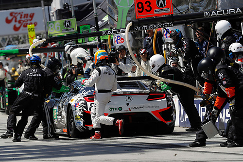 2017 IMSA WeatherTech SportsCar Championship<br /> BUBBA burger Sports Car Grand Prix at Long Beach<br /> Streets of Long Beach, CA USA<br /> Saturday 8 April 2017<br /> 86, Acura, Acura NSX, GTD, Oswaldo Negri Jr., Jeff Segal, pit stop<br /> World Copyright: Michael L. Levitt<br /> LAT Images