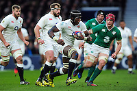 Maro Itoje of England goes on the attack. RBS Six Nations match between England and Ireland on February 27, 2016 at Twickenham Stadium in London, England. Photo by: Patrick Khachfe / Onside Images