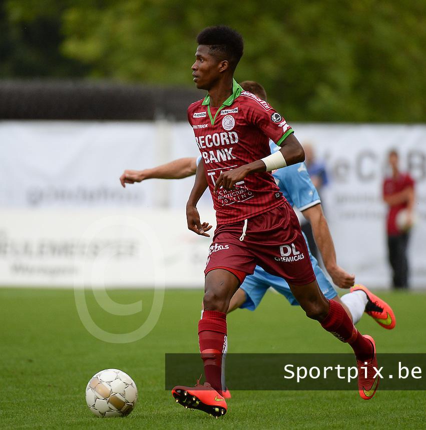SV Zulte Waregem : Ibrahima Conte<br /> foto VDB / BART VANDENBROUCKE