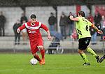 2017-11-05 / voetbal / seizoen 2017-2018 / VC Herentals - Hoeilaart / Martinus Thomassen (l) (VC Herentals) probeert voorbij Jeroen Van Tricht (r) (Hoeilaart) te komen