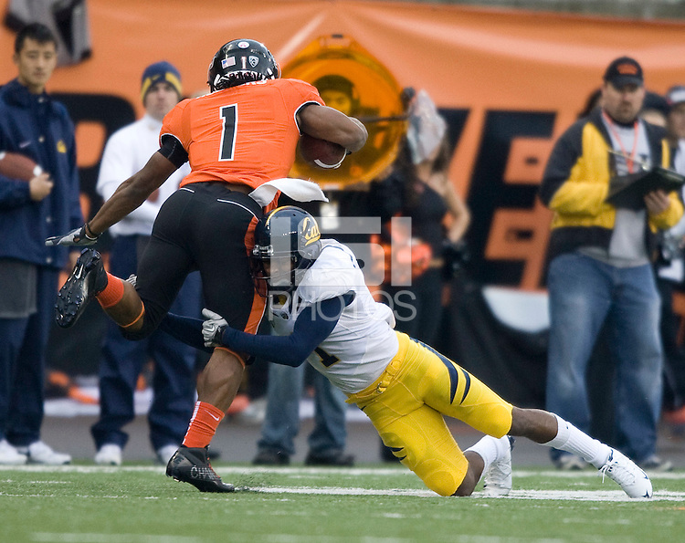 Steve Williams of California tackles Jacquizz Rodgers of Oregon State during the game at Reser Stadium in Corvallis, Oregon on October 30th, 2010.   Oregon State defeated California, 35-7.
