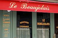 """Europe/France/Rhône-Alpes/69/Rhône/Lyon: Détail de la façade du bouchon Lyonnais """"Le Beaujolais"""" rue Mercière"""