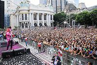 RIO DE JANEIRO - RJ - 19 DE MAIO DE 2012<br /> Nesta tarde de sábado, aconteceu a Marcha para Jesus Rio de Janeiro, com caminhada pela avenida Presidente Vargas e avenida Rio Branco, vias principais do Rio até a Cinelândia, com shows gospel. A estimativa feitas pela PM foi de aproximadamente 300 mil pessoas.<br /> FOTO: RONALDO BRANDÃO/BRASIL PHOTO PRESS  <br /> Léa Mendonça, cantora gospel