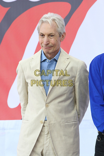 CHARLIE WATTS.The Rolling Stones Kick Off World Tour with Surprise Performance, Julliard Music School Plaza, New York City, USA, May 10th 2005..half length cream suit jacket blue shirt.Ref: IW.www.capitalpictures.com.sales@capitalpictures.com.©Ian Wilson/Capital Pictures.