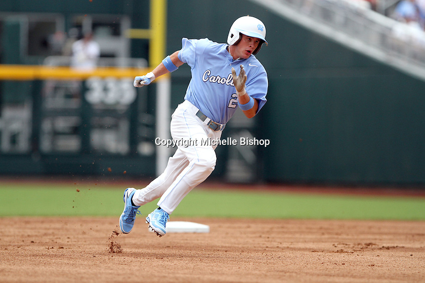 North Carolina's Chaz Frank hustles around second base. Vanderbilt beat UNC 7-3 to open the 2011 College World Series in Omaha, Neb. (Photo by Michelle Bishop)..