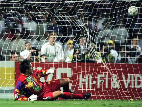 English goalkeeper David Seaman is beaten by a Germany penalty. Euro 96 Championships. 26.6.1996 Germany versus England at London's Wembley-Stadium.