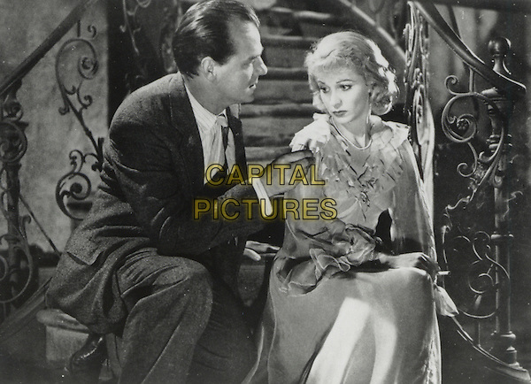 KARL MALDEN & VIVIEN LEIGH.in A Streetcar Named Desire.*Editorial Use Only*.Ref: FB.www.capitalpictures.com.sales@capitalpictures.com.Supplied by Capital Pictures.