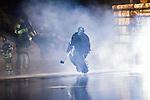 Stockholm 2014-01-18 Ishockey SHL AIK - F&auml;rjestads BK :  <br /> AIK:s m&aring;lvakt Daniel Larsson &aring;ker ut till match<br /> (Foto: Kenta J&ouml;nsson) Nyckelord:  intro r&ouml;k portr&auml;tt portrait