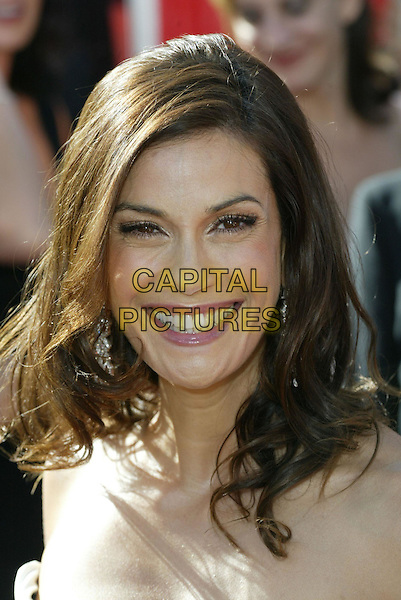 TERI HATCHER.At the 56th Annual Prime Time Emmy Awards held the Shrine Auditorium, Los Angeles, CA, USA, .19th September, 2004..portrait headshot .Ref: ADM.www.capitalpictures.com.sales@capitalpictures.com.©Charles Harris/AdMedia/Capital Pictures .