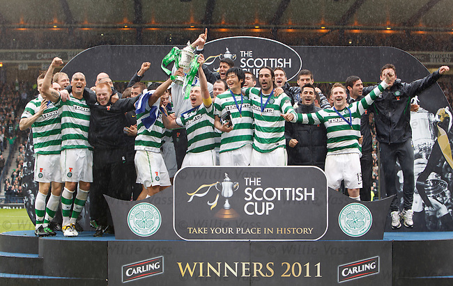 Celtic win the Scottish Cup 2011
