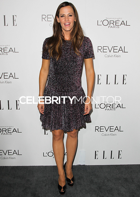 BEVERLY HILLS, CA, USA - OCTOBER 20: Jennifer Garner arrives at ELLE's 21st Annual Women In Hollywood held at the Four Seasons Hotel on October 20, 2014 in Beverly Hills, California, United States. (Photo by Celebrity Monitor)