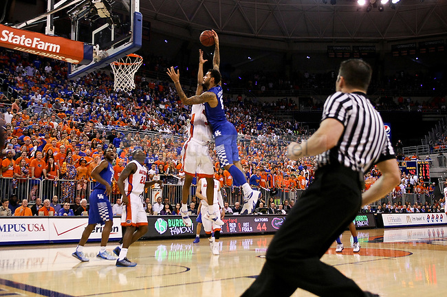 Kentucky center Willie Cauley-Stein dunks the ball during the second half of the University of Kentucky Men's Basketball game versus University of Florida basketball game at O'Connell Center in Gainesville , Fl., on Saturday, February 7, 2015. . Photo by Jonathan Krueger | Staff