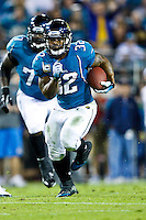 December 05, 2011:   Jacksonville Jaguars running back Maurice Jones-Drew (32) carries the ball during second quater action between the Jacksonville Jaguars and the San Diego Chargers played at EverBank Field in Jacksonville, Florida.  ........