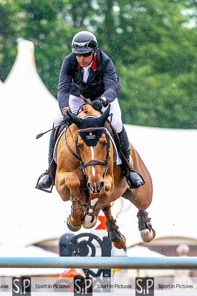 Day 4. Royal Windsor Horse Show. Windsor. Berkshire. UK. Showjumping. Kingdom of Bahrain Stakes for the Kings Cup. Eric Lamaze riding Chacco Kid. CAN.12/05/2018. ~ MANDATORY Credit Elli Birch/Sportinpictures - NO UNAUTHORISED USE - 07837 394578