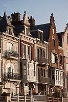 Europe/France/Nord-Pas-de-Calais/59/Nord/ Malo-les-Bains:  Détail des façades des villas du front de mer