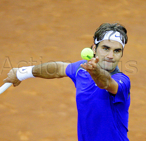 06.05.2011. Madrid, Spain.  Roger Federer (SUI) in action against Robin Soderling (SWE),  Quarter-final of the Mutua Madrilena Madrid Open, Spain ...