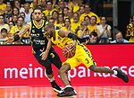 "02.06.2019, EWE Arena, Oldenburg, GER, easy Credit-BBL, Playoffs, HF Spiel 1, EWE Baskets Oldenburg vs ALBA Berlin, im Bild<br /> William""Will"" CUMMINGS (EWE Baskets Oldenburg #3 ) Peyton SIVA (ALBA Berlin #3 )<br /> <br /> Foto © nordphoto / Rojahn"