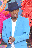 JUN 08 Ne-Yo  Performs On GMA