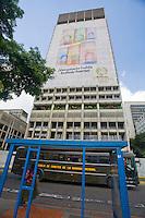 Caracas_VEN, Venezuela...Predio do Banco Central da Venezuela na Capital Caracas...Building of the Central Bank of Venezuela in the capital Caracas...Foto: JOAO MARCOS ROSA / NITRO