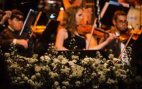 """RIO DE JANEIRO, RJ, 20.06.2017 - SHOW-RJ - Apresentação do lendário tenor Jose Carreras na noite desta terça-feira (20), no Km de Vantagens Hall, zona oeste da cidade do Rio de Janeiro. Sob a regência do maestro David Gimenez, o tenor oferece em """"A Life in Music"""" um repertório bastante eclético, do clássico ao contemporâneo. (Foto: Jayson Braga / Brazil Photo Press)"""