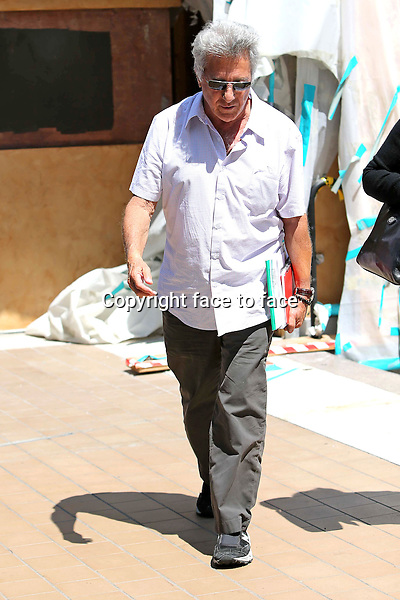 Dustin Hoffman and wire having lunch at the tavern in Brentwood on june 9, 2013<br />