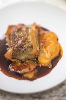 Europe/France/Midi-Pyrénées/32/Gers/Castéra-Verduzan: Croustillant de pied de porc avec sa sauce civet, à l'orange , recette de  Bernard Ramouneda, restaurant: Le Florida