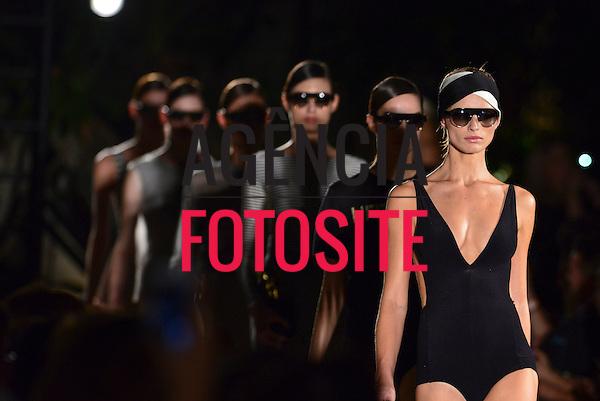 Rio de Janeiro, Brasil - 08/04/2014 - Desfile da Osklen Praia no Fashion Rio  - Verao 2015. <br /> Foto : Daniel Deak/ FOTOSITE
