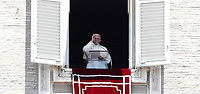 Papa Francesco benedice i fedeli durante l'Angelus domenicale, affacciato dalla finestra del suo studio in Piazza San Pietro, Citta' del Vaticano, 25 giugno, 2017.<br /> Pope Francis delivers his blessing during the Sunday Angelus noon prayer from the window of his studio overlooking St.Peter's Square, at the Vatican, on June 25, 2017.<br /> UPDATE IMAGES PRESS/Isabella Bonotto<br /> <br /> STRICTLY ONLY FOR EDITORIAL USE