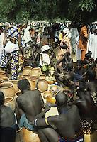 Kirdi are animists<br /> Kirdi women selling pottery vessels