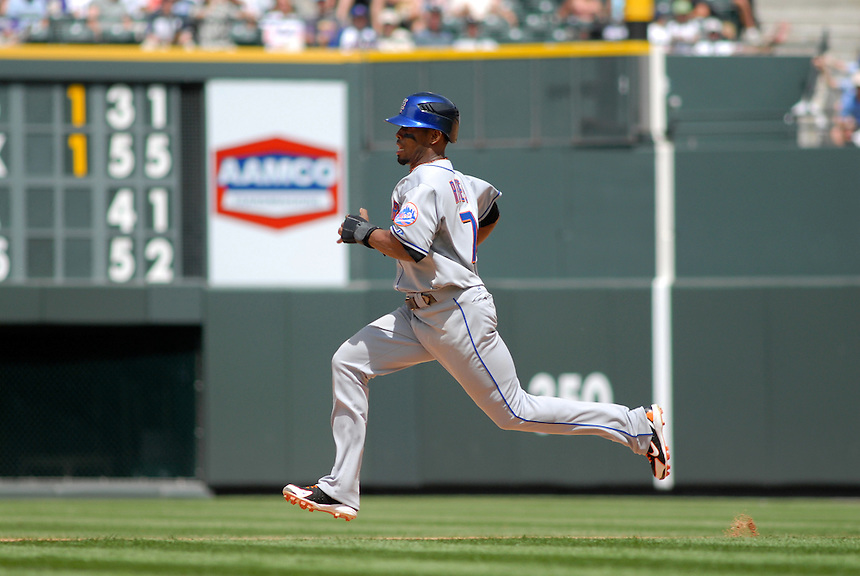08 June 2008: Mets shortstop Jose Reyes steals 2nd base during a regular season game between the Milwaukee Brewers and the Colorado Rockies at Coors Field in Denver, Colorado.*****For editorial use only*****