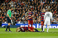 Barcelona´s Sergi Roberto and Mascherano during 2015-16 La Liga match between Real Madrid and Barcelona at Santiago Bernabeu stadium in Madrid, Spain. November 21, 2015. (ALTERPHOTOS/Victor Blanco) /NortePhoto