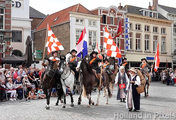 Nederland - Bergen op Zoom - 16 september 2018. Cavalerie 1588. Op zondag 16 september 2018 vindt in Bergen op Zoom de Brabant Stoet plaats. Dit is een grootst opgezet festival van de lopende cultuur. Deze vorm van cultuur is kenmerkend voor Brabant. In de Brabant Stoet zijn zo'n honderd vormen van lopende (en rijdende) cultuur te zien zoals gilden, fanfares, steltlopers, reuzen, carnaval, ommegangen en praalwagens. De Brabant Stoet wordt samengesteld met groepen uit zowel Noord-Brabant als Vlaams- en Waals-Brabant.   Foto Berlinda van Dam / Hollandse Hoogte