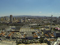SAO PAULO, SP, 15/09/2013, CLIMA TEMPO. Tempretauras altas no ultimo final de semana do inverno 2013 na capital paulista. Foto aerea feita na manha desse domingo (15) sobre o bairro do Belem, zona leste de Sao Paulo. (15). LUIZ GUARNIERI/ BRAZIL PHOTO PRESS.