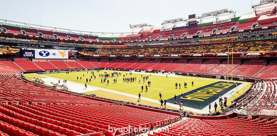 16FTB at West Virginia 2980<br /> <br /> 16FTB at West Virginia<br /> <br /> BYU Football vs West Virginia at FedEx Field in Landover, Maryland.<br /> <br /> BYU-32<br /> WVU-35<br /> <br /> September 23, 2016<br /> <br /> Photo by Jaren Wilkey/BYU<br /> <br /> © BYU PHOTO 2016<br /> All Rights Reserved<br /> photo@byu.edu  (801)422-7322