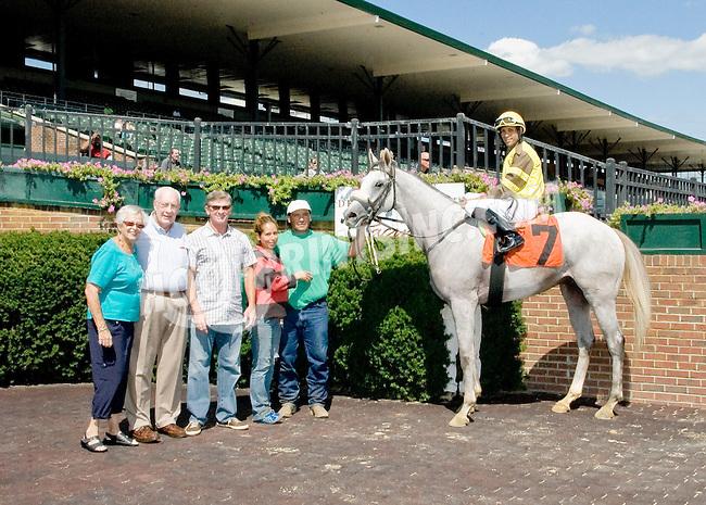 Rayraider winning at Delaware Park on 9/10/12