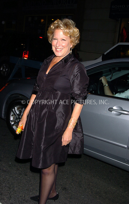 WWW.ACEPIXS.COM . . . . .  ....September 2007, New York City....Bette Midler at NY Fashion Week....Please byline: AJ Sokalner - ACEPIXS.COM.... *** ***..Ace Pictures, Inc:  ..(212) 243-8787 or (646) 769 0430..e-mail: picturedesk@acepixs.com..web: http://www.acepixs.com
