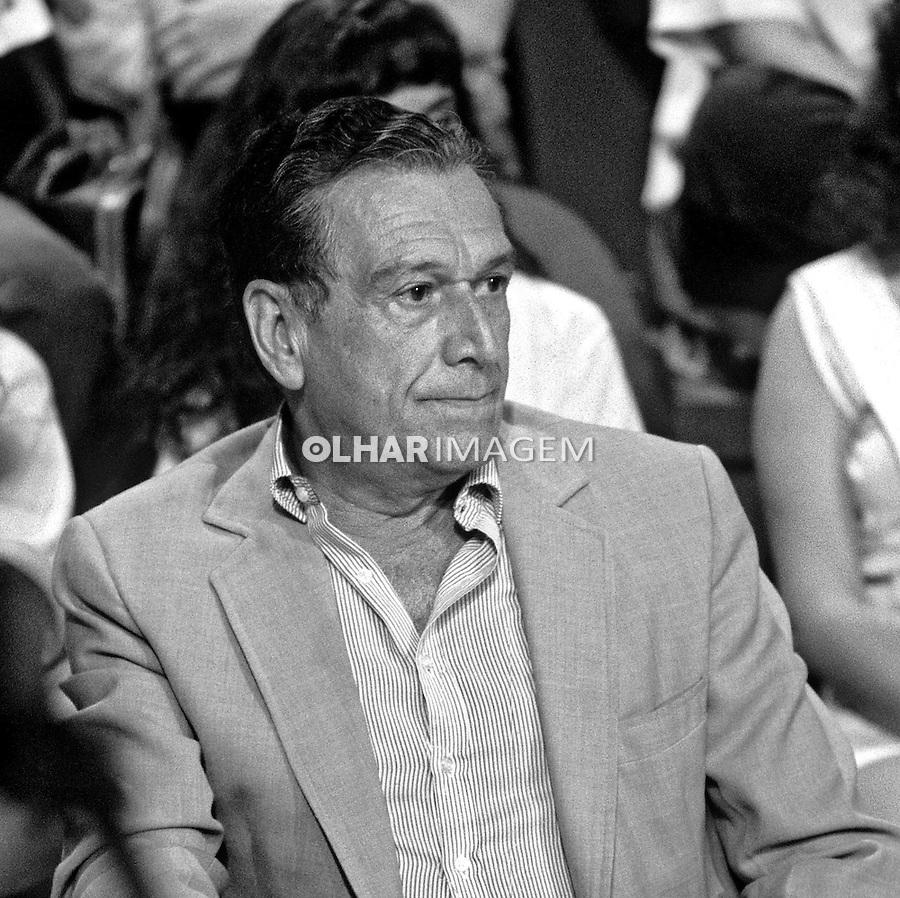 Personalidade. Escritor Fernando Sabino. SP. 1990. Foto de Juca Martins.