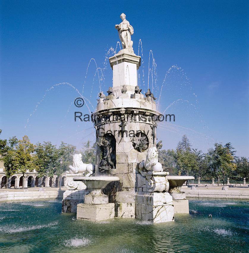 Spain, Madrid: Palacio Real - fountain in Jardin de la Isla | Spanien, Madrid: Palacio Real - Brunnen im Jardin de la Isla